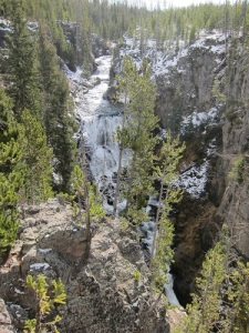 Waterfall-Yellowstone